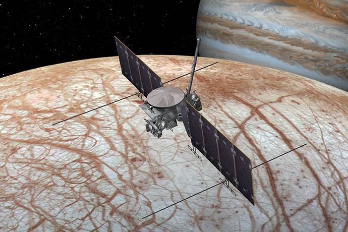 Jüpiter'in uydusunda su buharı tespit edildi