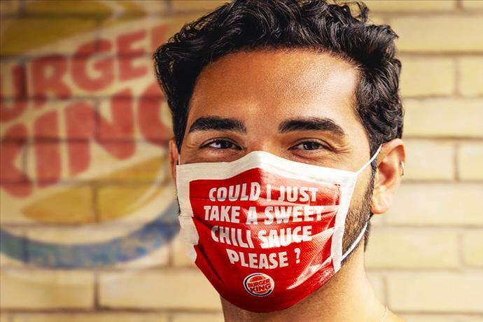 Burger King'den ilginç maskeli kampanya