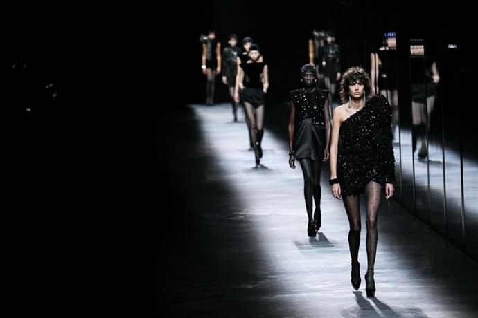 Saint Laurent Paris Moda Haftası'ndan çekildi