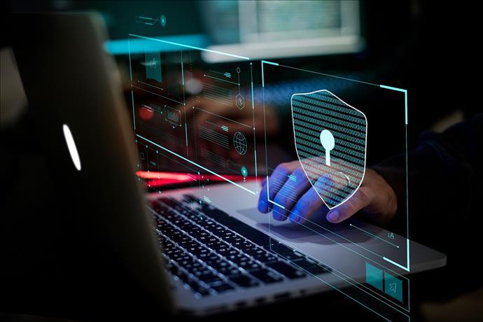 """""""Black Friday ile Birlikte Siber Saldırılar Artacak"""" Dedi"""
