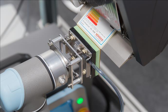 Fabrikalar Neden Robotik Etiketlemeyi Tercih Etmeli?