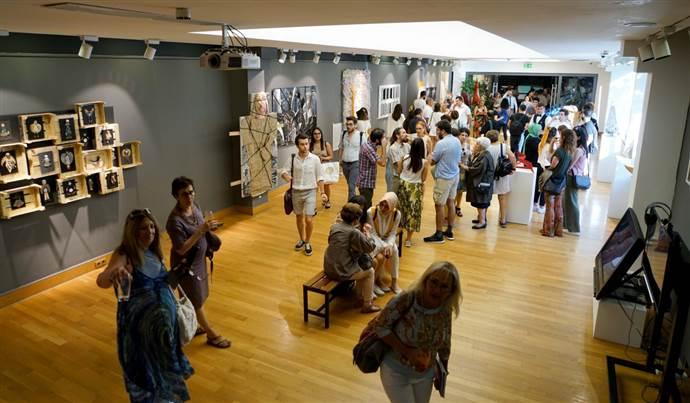 Devinim Sergisi Galeri Işık Teşvikiye de Açıldı
