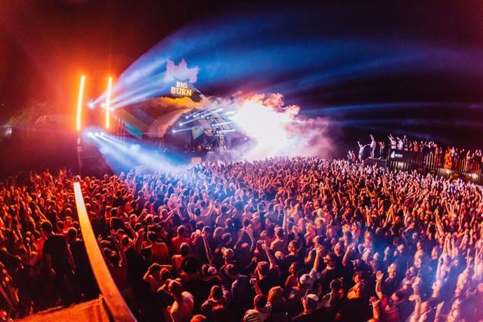 Elektronik müzikseverler, Big Burn İstanbul Festivali'ne koştu