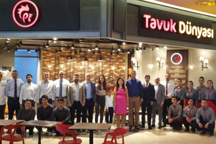 Tavuk Dünyası şimdi Ankara Taurus AVM ve Gordion AVM'de