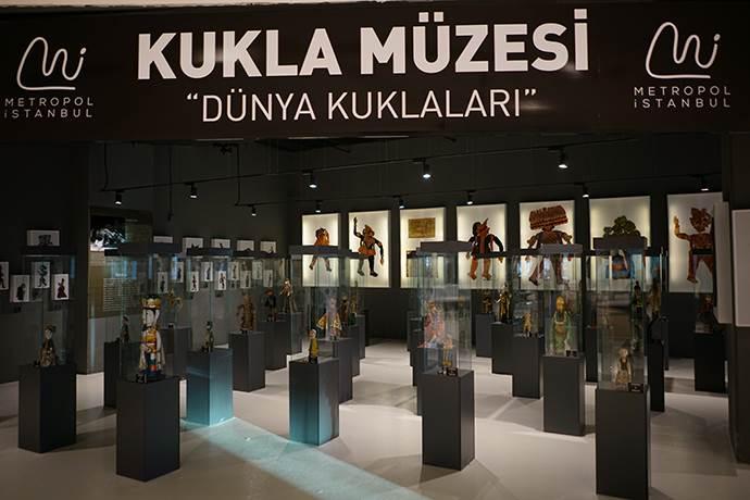 Dünya Kuklaları Metropol İstanbul'da