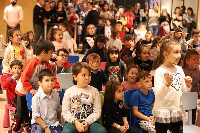 Ege Perla Çocuk Kulübü çocuklara özel parti ile açıldı