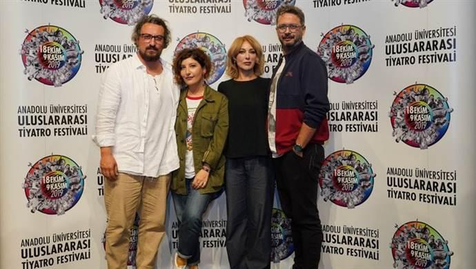 Uluslararası Tiyatro Festivali 'Arzu Tramvayı' ile başladı