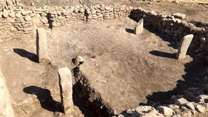 Mardin'de 11 bin 500 yıllık tapınak bulundu