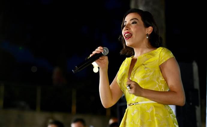 Burcu Güneş: Türk Pop Müziği ciddi düşüşte