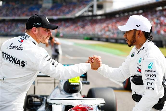 Lewis Hamilton ve Valtteri Bottas Formula 1'de 200'ledi