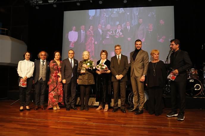 Frankfurt Türk Film Festivali'nin Onur ve Vefa Ödülleri verildi