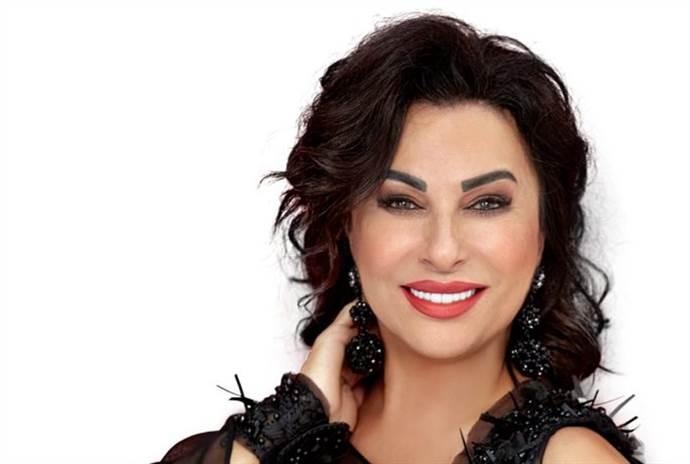 Nilgün Belgün'le Aşk ve Komedi'yi Zorlu AVM'de ücretsiz izleyebilirsiniz