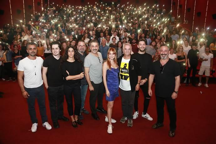 Karakomik Filmler ekibi İzmir'de moral depoladı