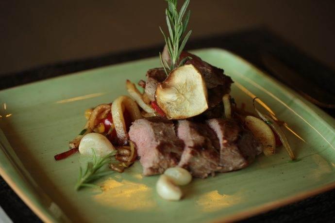 Elma Chutney soslu Kuzu Loin tatmak isteyenlere fırsat