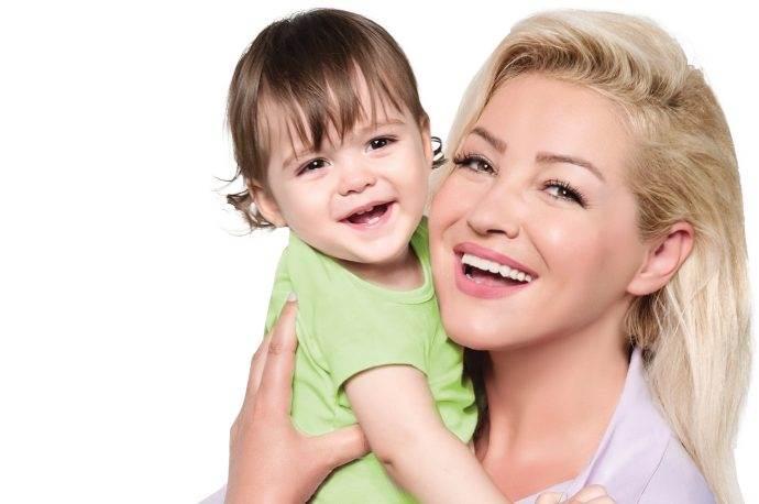 Zahide Yetiş Evy Baby'nin yeni marka yüzü oldu