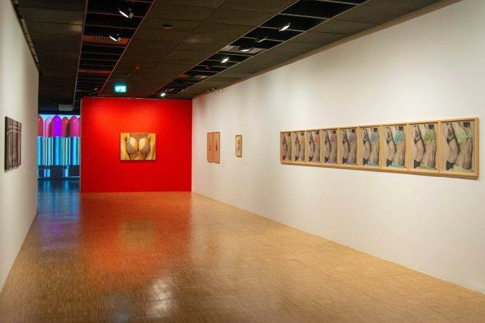 Nur Koçak'ın  Mutluluk Resimlerimiz sergisi açıldı