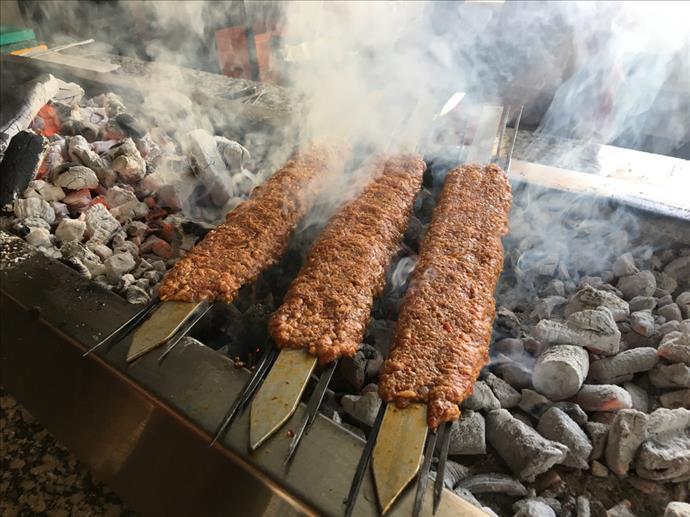 14 Aralık'taki Adana Kebap ve Şalgam Festivali iptal edildi