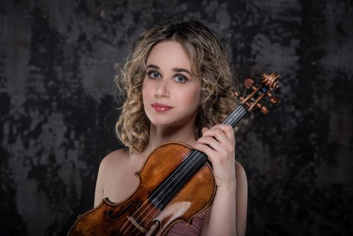 Anna Tifu, Tekfen Filarmoni'yle Şubat ayında Türkiye'de