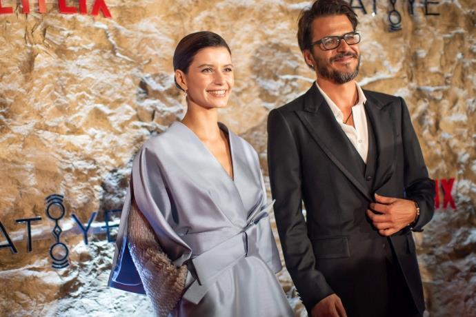Netflix'in ikinci Türk dizisi 'Atiye'nin galası yapıldı