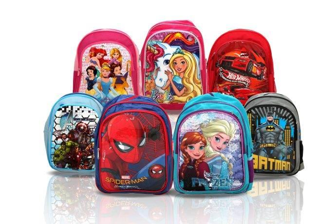Trump AVM'de okul çantası hediyeli satışlar başladı