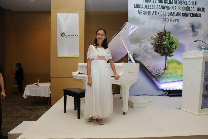 9 yaşındaki piyanist Arya Su Gülenç iklim için besteledi: Haykırış