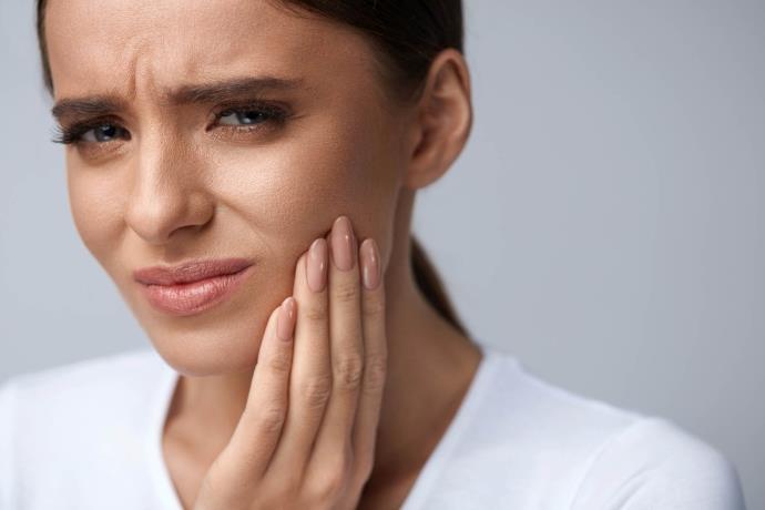 Soğuk havalarda neden diş ağrır? Diş ağrısı nasıl geçer?