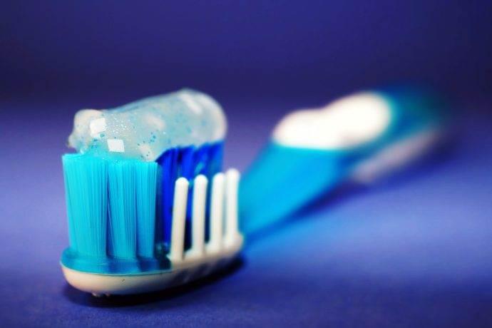 Doğru diş fırçalama yöntemleri