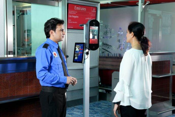 Emirates uçaklarına Biyometrik Biniş dönemi başladı