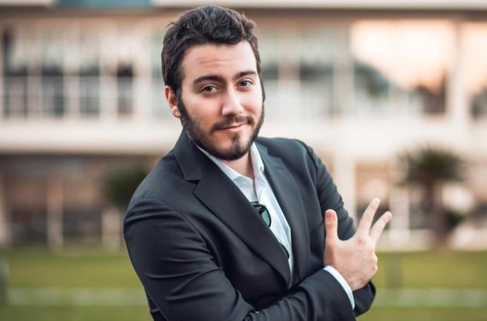 """""""Enes Batur öldü mü?"""" iddialarına ünlü Youtuber kendi cevap verdi!"""