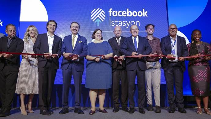 İstanbul'da Facebook İstasyon Merkezi açıldı