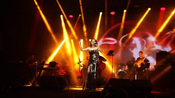 Funda Arar: Çık Aradan'ın klibi için dans dersi aldım
