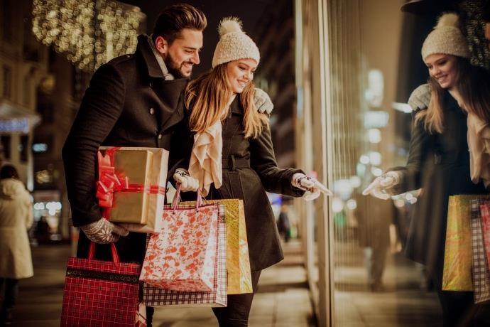 Yeni yıl geri sayımı, alışveriş merkezlerinde başladı