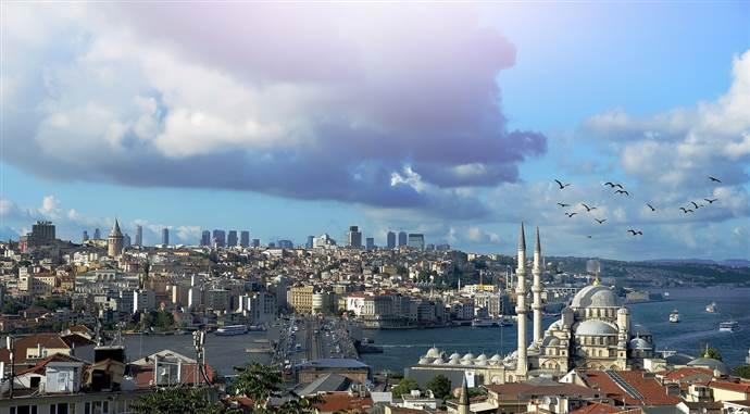 Türkiye'de ikamet izni alan yabancı sayısı ve geldiği ülkeler