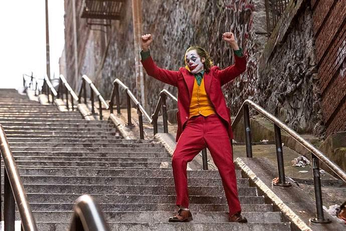 Todd Phillips, Joker evreninde bir Batman filmi yapmak istiyor