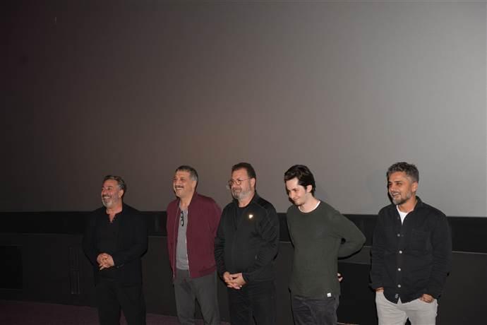 Cem Yılmaz: Diğer Karakomik Filmler ocak ayında vizyona girecek