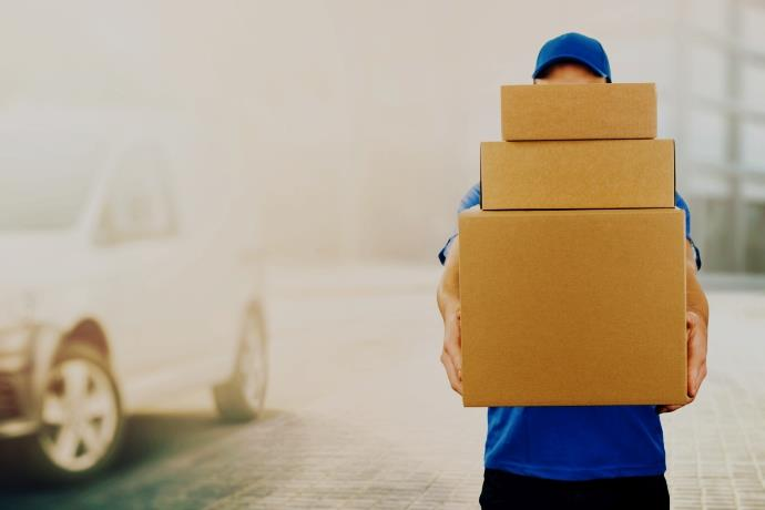 Bir kargo paketindeki adres ancak bu kadar açık olabilir!