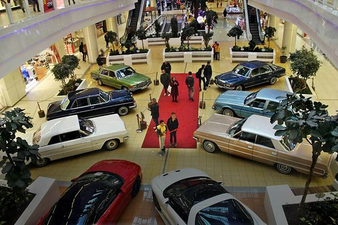 Efsane klasik otomobiller Kayseri Park'ta sergileniyor