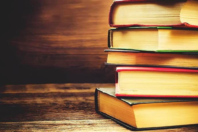 Neomarin AVM'de kitap fuarı başladı