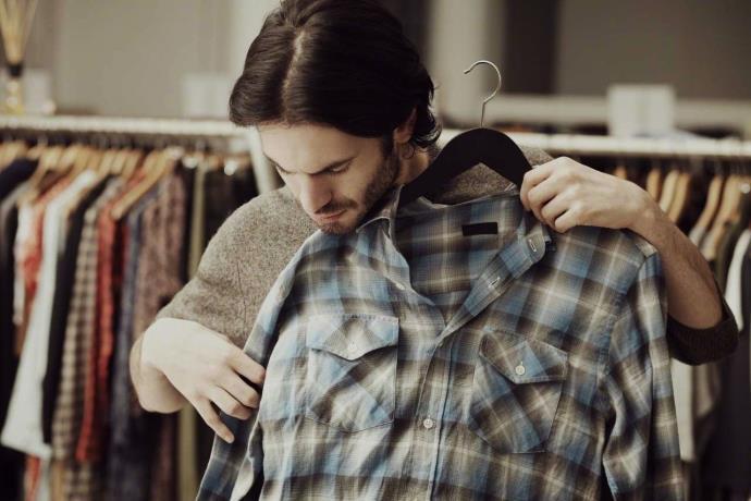Uzmanlardan uyarı: Mağazada denenen kıyafetlerden bulaşıyor!