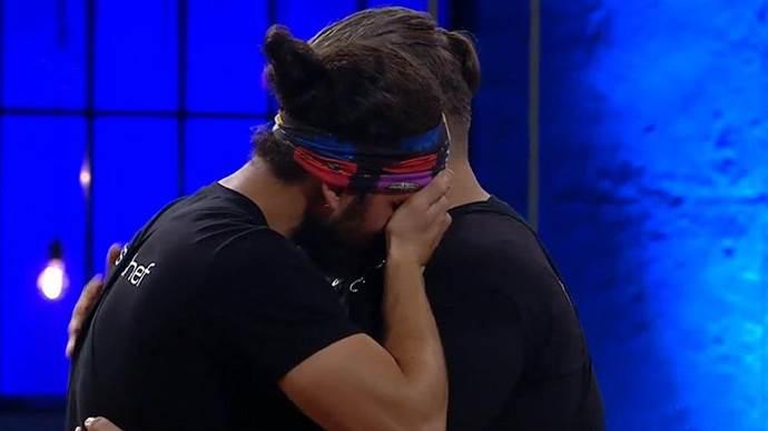 MasterChef'ten elenen Faruk Batuhan gözyaşlarına boğuldu.