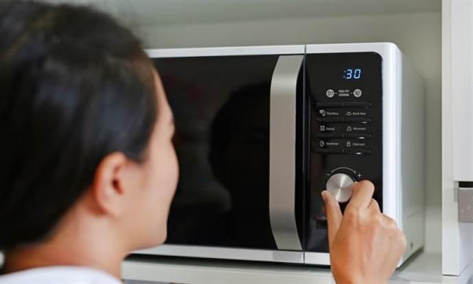 Mikrodalga fırın kullanırken nelere dikkat etmeli?
