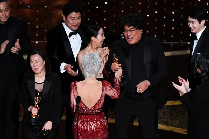 92. Oscar Ödülleri sahiplerini buldu! Parasite ödülleri topladı