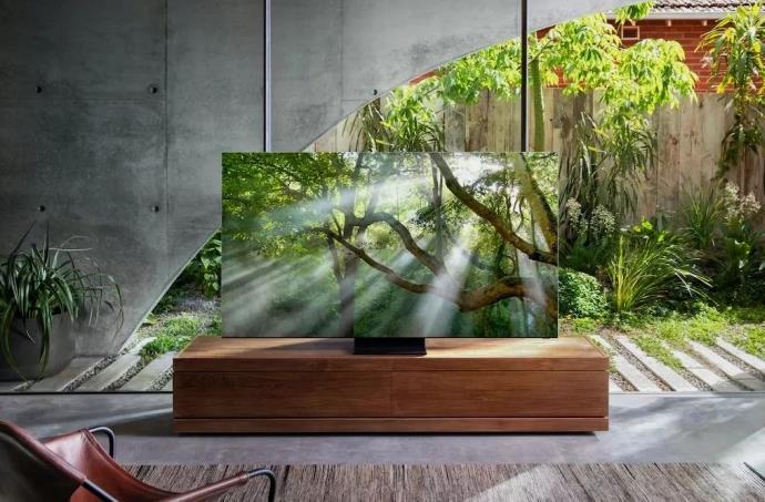Tamamen çerçevesiz Samsung televizyonu tanıtıldı