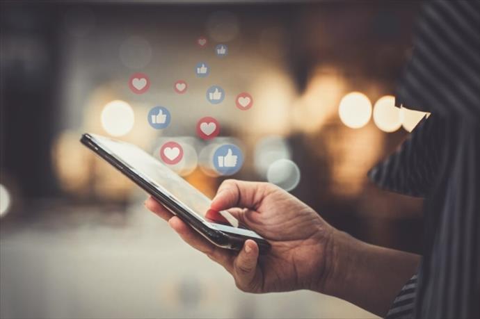 Sosyal medya insanları daha çok strese sokuyor
