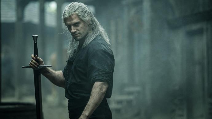 The Witcher dizisinden Geralt, Ciri ve Yennefer tanıtım videoları geldi