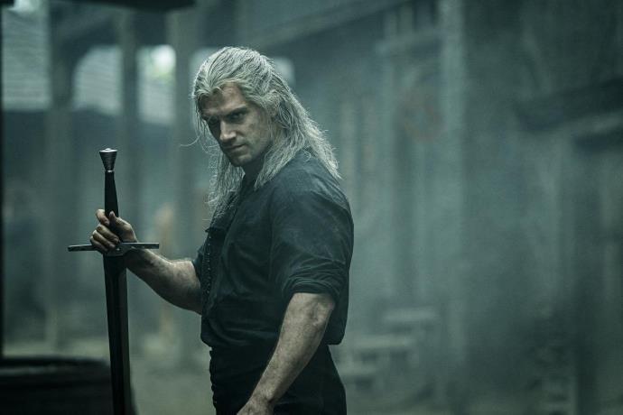 Beklenen gün geldi! Netflix dizisi The Witcher yayında...