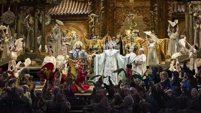 Metropolitan, Turandot Operası ile perdelerini açıyor