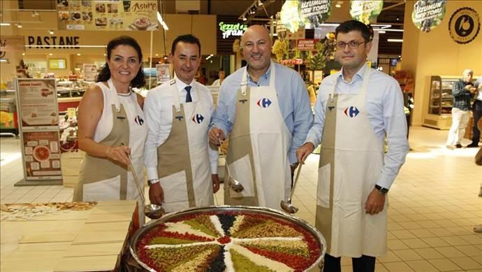 CarrefourSA, 10 bin kişiye aşure ikram edecek