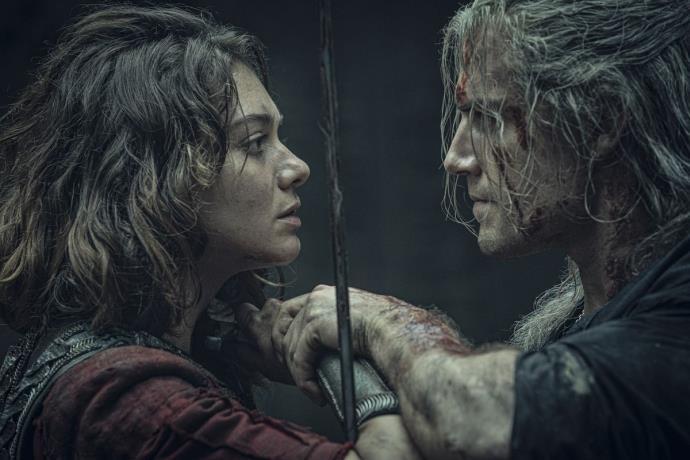 The Witcher'ın 2. sezon çekimleri koronavirüsü sebebiyle durdu