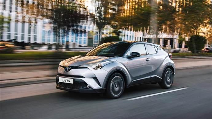 Toyota'nın 10 yılda 14 milyon hibrit araç sattı